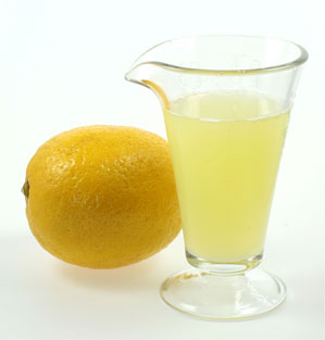 Lemon juice Powdered tea foot soak