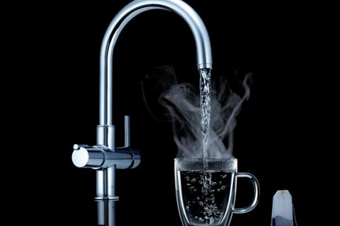 Benefits of drinking hot water
